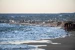 https://www.ragusanews.com//immagini_articoli/09-12-2014/il-mare-entra-a-bruca-nonostante-i-nuovi-frangiflutti-100.jpg