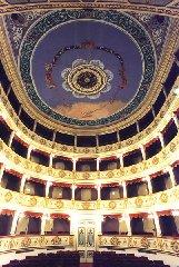 https://www.ragusanews.com//immagini_articoli/09-12-2018/vittoria-prefetto-dispenza-laavoriamo-restituire-teatro-citta-240.jpg