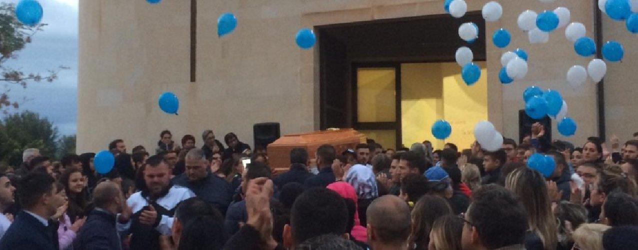 https://www.ragusanews.com//immagini_articoli/09-12-2019/celebrati-i-funerali-di-loris-e-benny-500.jpg