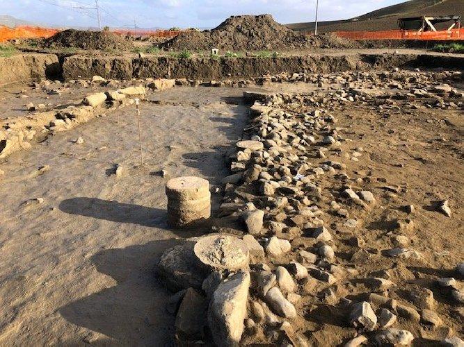 https://www.ragusanews.com//immagini_articoli/09-12-2020/archeologia-scoperto-in-sicilia-insediamento-romano-foto-500.jpg
