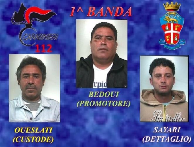 http://www.ragusanews.com//immagini_articoli/10-01-2014/antidroga-dodici-arresti-a-vittoria-500.jpg
