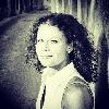 http://www.ragusanews.com//immagini_articoli/10-01-2016/l-occhio-delicato-e-indagatore-di-ariane-deschamps-100.jpg