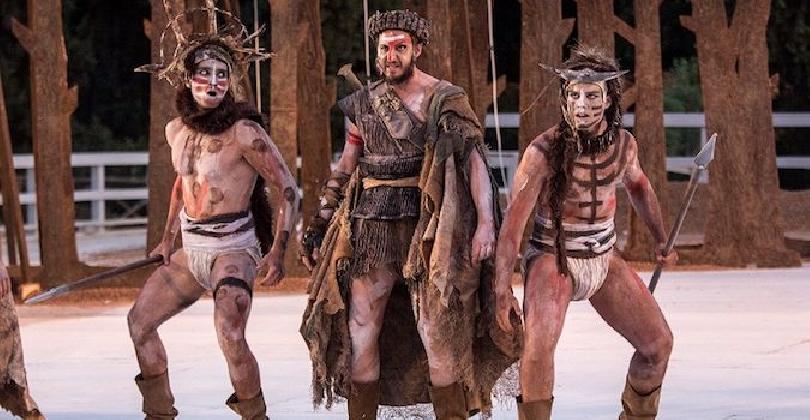 http://www.ragusanews.com//immagini_articoli/10-01-2017/sette-tebe-teatro-greco-siracusa-420.jpg