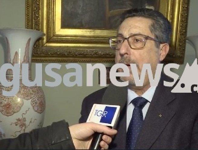 https://www.ragusanews.com//immagini_articoli/10-01-2019/grande-oriente-palazzo-normanni-legge-massoneria-500.jpg