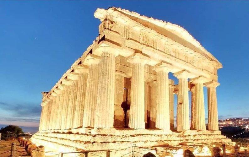 https://www.ragusanews.com//immagini_articoli/10-01-2020/sicilia-siti-archeologici-da-soli-fanno-meta-fatturato-cultura-500.jpg