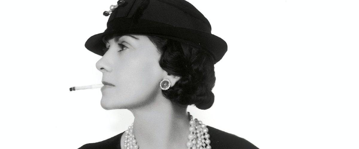 https://www.ragusanews.com//immagini_articoli/10-01-2021/50-anni-senza-coco-chanel-la-donna-che-rivoluziono-la-femminilita-500.jpg