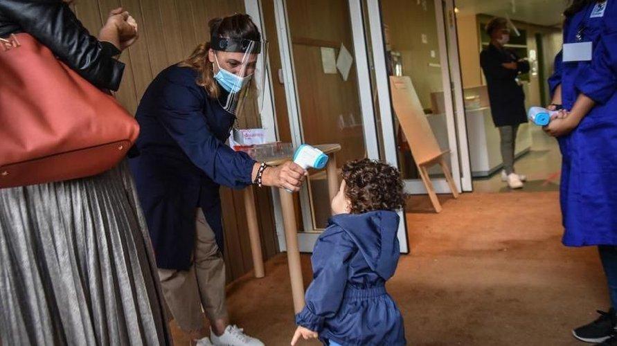 https://www.ragusanews.com//immagini_articoli/10-01-2021/contagio-si-chiude-il-plesso-scuola-infanzia-valverde-via-colombo-500.jpg