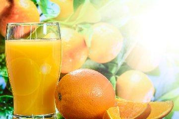 https://www.ragusanews.com//immagini_articoli/10-02-2020/dieta-juice-cleanse-dimagrimento-rapido-fa-impazzire-le-star-di-hollywood-240.jpg