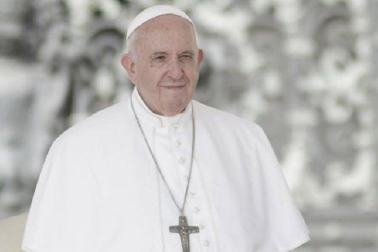 https://www.ragusanews.com//immagini_articoli/10-02-2020/papa-francesco-a-malta-500.jpg