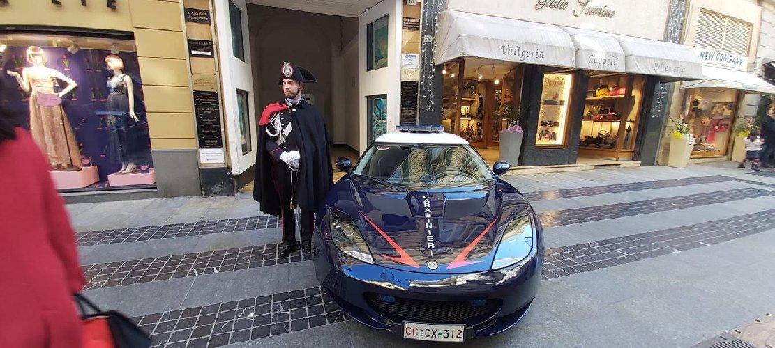 https://www.ragusanews.com//immagini_articoli/10-02-2020/sanremo-i-carabinieri-con-la-lotus-evora-500.jpg