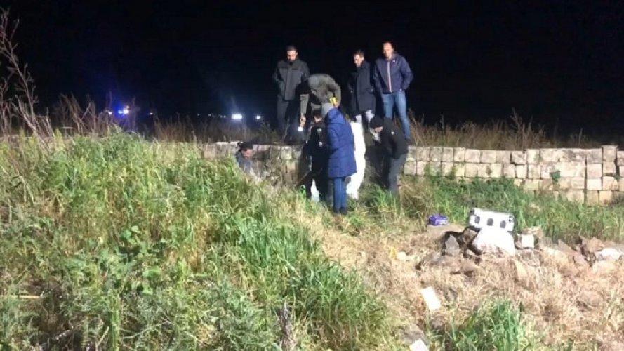 https://www.ragusanews.com//immagini_articoli/10-02-2020/uccisi-a-fucilate-mentre-rubavano-arance-500.jpg