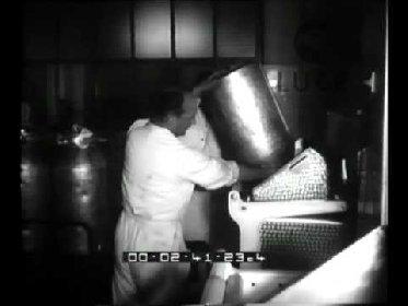 https://www.ragusanews.com//immagini_articoli/10-02-2021/caciocavallo-e-pecorino-ragusano-nel-cinegiornale-nel-1962-280.jpg