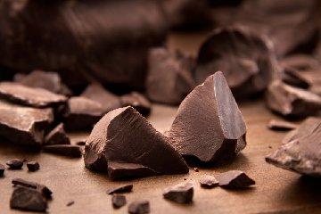 http://www.ragusanews.com//immagini_articoli/10-03-2018/denominazione-origine-inventata-mito-cioccolato-modica-240.jpg