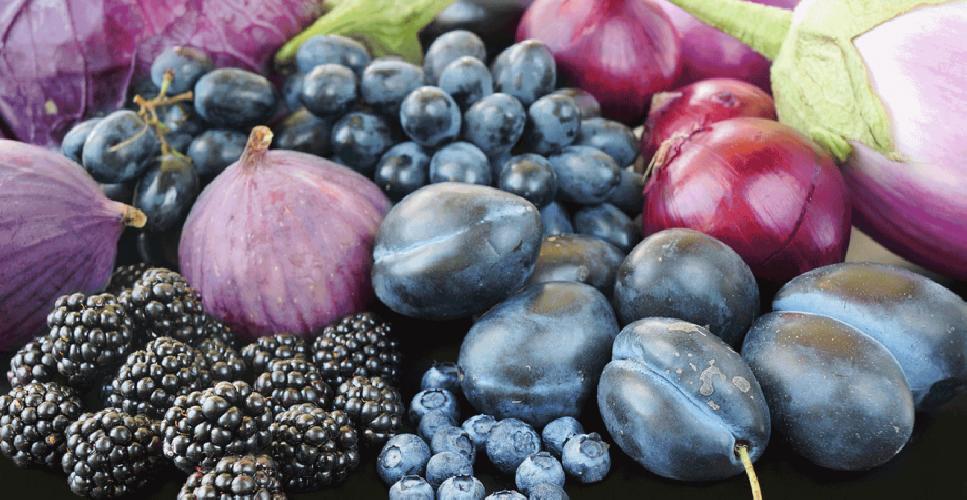 https://www.ragusanews.com//immagini_articoli/10-04-2019/la-frutta-e-verdura-di-colore-blu-viola-aiuta-l-intestino-500.png