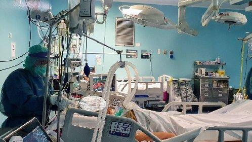 https://www.ragusanews.com//immagini_articoli/10-04-2021/covid-italia-17-567-nuovi-casi-e-344-morti-il-10-aprile-280.jpg