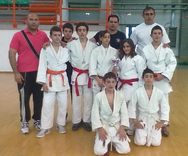 https://www.ragusanews.com//immagini_articoli/10-05-2012/cinque-judoka-della-koizumi-in-finale-nel-campionato-italiano-500.jpg
