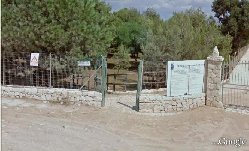 http://www.ragusanews.com//immagini_articoli/10-05-2014/sequestrato-il-pantano-nella-pineta-di-sampieri-500.jpg