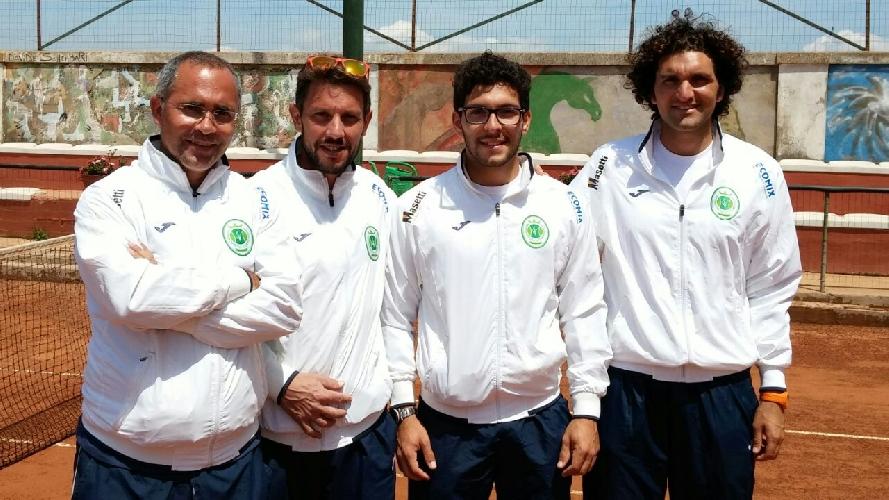 https://www.ragusanews.com//immagini_articoli/10-05-2015/tennis-d1-un-altra-vittoria-del-tc-ispica-prima-del-rush-finale-500.jpg