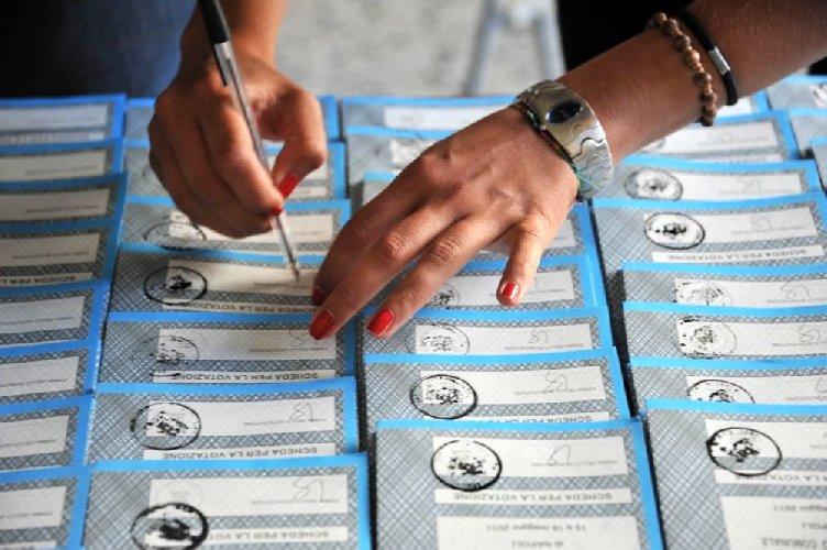 https://www.ragusanews.com//immagini_articoli/10-05-2018/ragusa-modica-comiso-vota-giugno-500.jpg