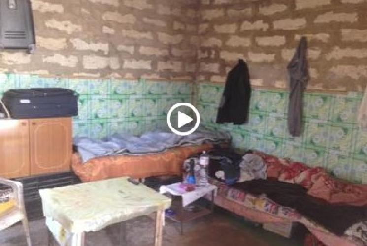 https://www.ragusanews.com//immagini_articoli/10-06-2015/il-corriere-della-sera-fa-un-reportage-sulle-schiave-delle-serre-500.jpg