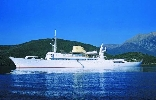 http://www.ragusanews.com//immagini_articoli/10-06-2017/lipari-yacht-onassis-rubinetti-doro-foto-100.jpg