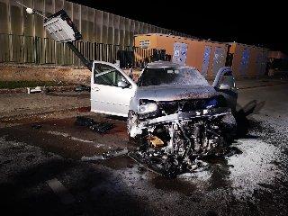 https://www.ragusanews.com//immagini_articoli/10-06-2019/1560166581-incidente-ragusa-mare-muore-una-38enne-1-240.jpg