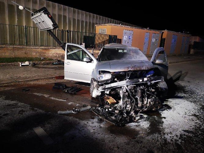 https://www.ragusanews.com//immagini_articoli/10-06-2019/1560166581-incidente-ragusa-mare-muore-una-38enne-1-500.jpg