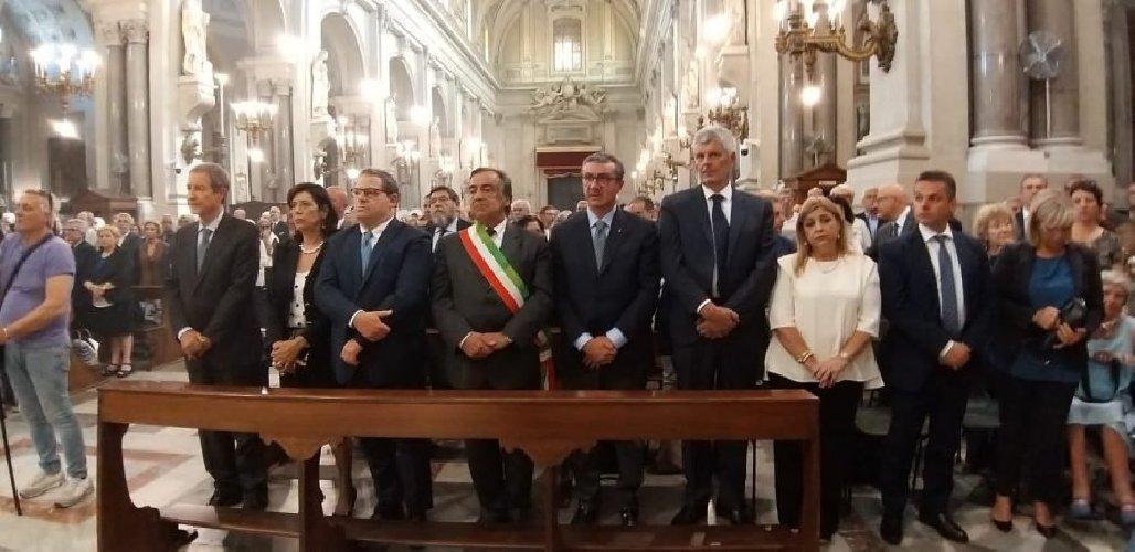 https://www.ragusanews.com//immagini_articoli/10-06-2019/commemorato-sebastiano-tusa-500.jpg