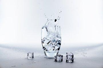https://www.ragusanews.com//immagini_articoli/10-06-2019/dieta-ghiaccio-per-perdere-peso-ecco-funziona-240.jpg