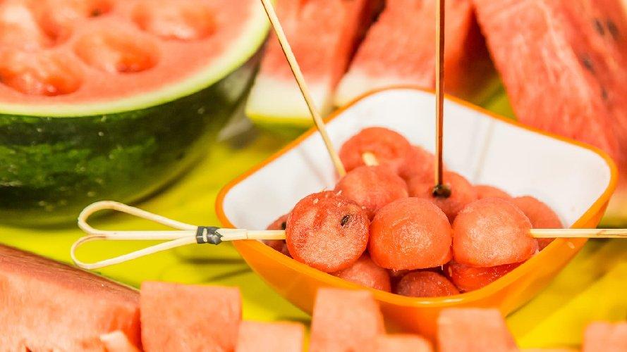https://www.ragusanews.com//immagini_articoli/10-06-2019/i-diabetici-possono-mangiare-languria-500.jpg