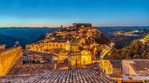 https://www.ragusanews.com//immagini_articoli/10-06-2021/covid-sicilia-altre-3-zone-rosse-e-una-proroga-280.jpg