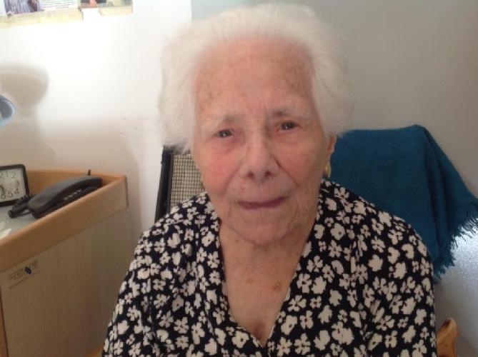 http://www.ragusanews.com//immagini_articoli/10-07-2015/e--morta-a-102-anni-la-nonnina-di-giarratana-500.jpg