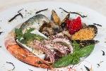 http://www.ragusanews.com//immagini_articoli/10-07-2016/al-donnafugata-ristorante-in-una-cornice-da-sogno-100.jpg