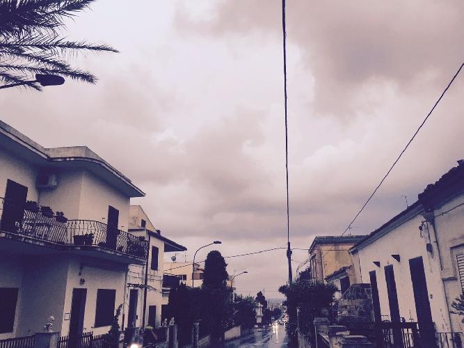 http://www.ragusanews.com//immagini_articoli/10-08-2015/10-agosto-piove-a-dirotto-su-sampieri-saltano-i-falo-di-san-lorenzo-500.jpg