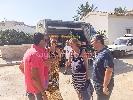 http://www.ragusanews.com//immagini_articoli/10-08-2016/il-ministro-lorenzin-fa-la-spesa-al-mercato-del-pesce-di-donnalucata-100.jpg