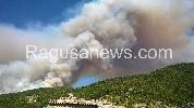 http://www.ragusanews.com//immagini_articoli/10-08-2016/spaventoso-incendio-a-chiaramonte-aggiornamenti-100.jpg