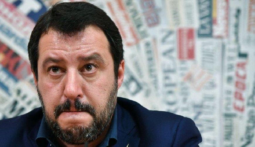 https://www.ragusanews.com//immagini_articoli/10-08-2018/matteo-salvini-agosto-catania-500.jpg