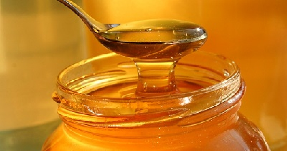 https://www.ragusanews.com//immagini_articoli/10-09-2017/miglior-miele-italiano-siracusano-500.jpg