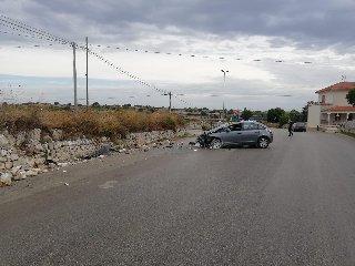 https://www.ragusanews.com//immagini_articoli/10-09-2019/1568118234-modica-donna-di-rosolini-ferita-in-incidente-autonomo-1-240.jpg