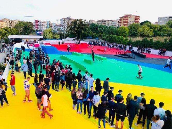https://www.ragusanews.com//immagini_articoli/10-09-2019/ragusa-ecco-lo-skatepark-toto-ottaviano-500.jpg