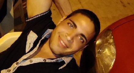 https://www.ragusanews.com//immagini_articoli/10-09-2019/vittoria-lo-stupratore-sergio-palumbo-cambia-carcere-240.jpg