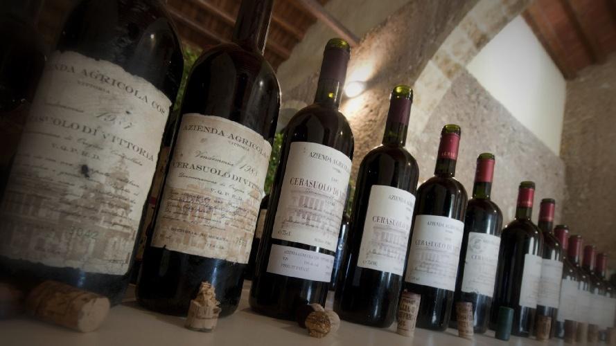 https://www.ragusanews.com//immagini_articoli/10-09-2021/il-vino-siciliano-piu-forte-dei-cambiamenti-climatici-500.jpg