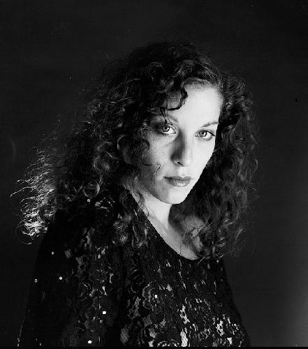 https://www.ragusanews.com//immagini_articoli/10-10-2017/rosalba-bentivoglio-signora-siciliana-jazz-teatro-garibaldi-500.jpg