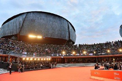 https://www.ragusanews.com//immagini_articoli/10-10-2020/il-festival-del-cinema-di-roma-al-tempo-del-covid-280.jpg