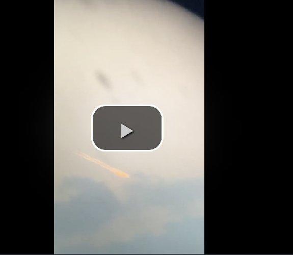 https://www.ragusanews.com//immagini_articoli/10-10-2020/il-video-del-meteorite-nel-cielo-di-catania-500.jpg