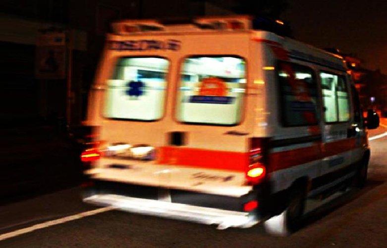 https://www.ragusanews.com//immagini_articoli/10-10-2020/isole-eolie-unica-ambulanza-occupata-muore-prima-dell-arrivo-dei-soccorsi-500.jpg