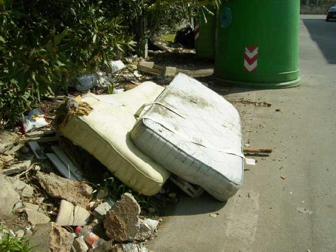 https://www.ragusanews.com//immagini_articoli/10-11-2011/materassi-gate-oggi-il-primo-interrogatorio-500.jpg