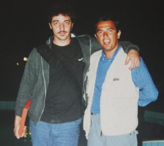 https://www.ragusanews.com//immagini_articoli/10-11-2012/max-gazze-e-il-giornalista-con-la-penna-bic-500.jpg