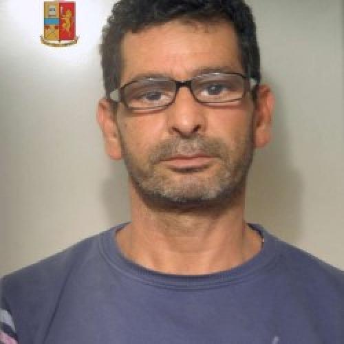 http://www.ragusanews.com//immagini_articoli/10-11-2014/estorsione-arrestato-tunisino-500.jpg