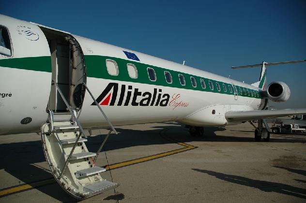 https://www.ragusanews.com//immagini_articoli/10-11-2016/alitalia-e-sac-voli-meno-cari-per-la-sicilia-420.jpg